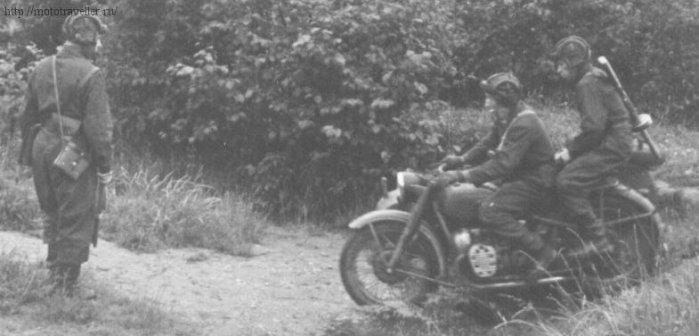 фотография военного мотоцикла красной армии