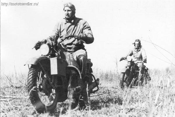 фотография военного мотоцикла второй мировой войны