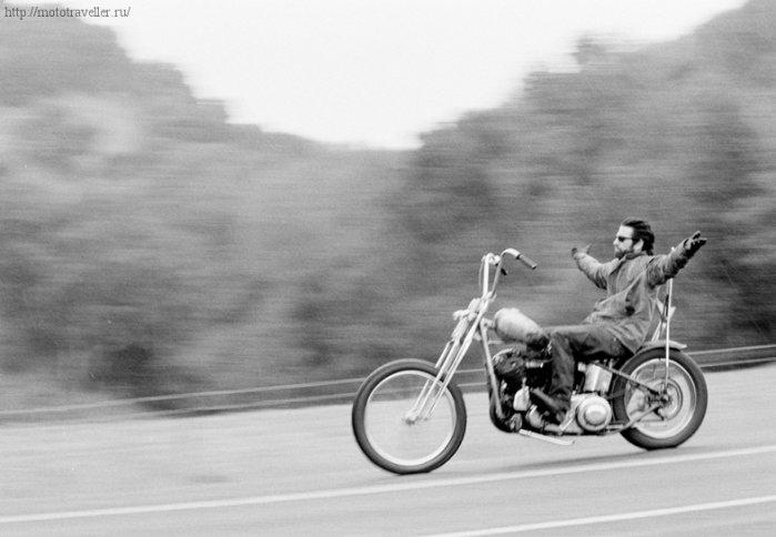 Езда на мотоцикле без рук
