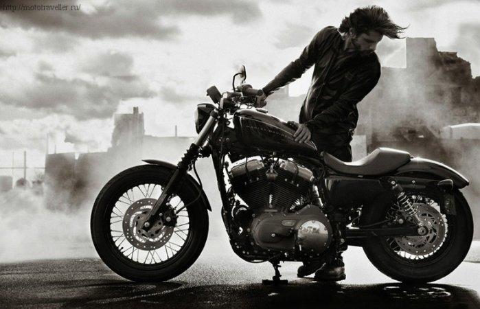 Мотоцикл Harley-Davidson Sportster 883