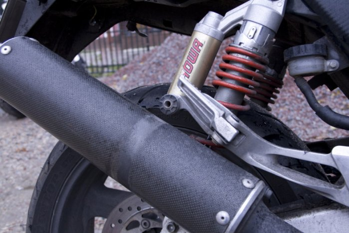 Ремонт глушителя на мотоцикл