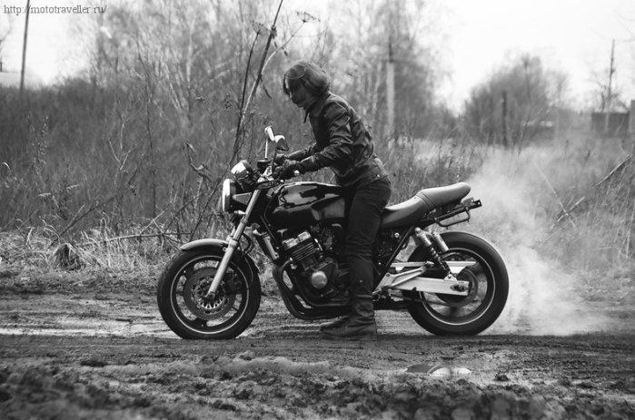 Жгем резину на мотоцикле Honda cb 400