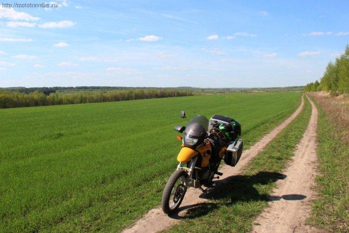 Дорога к музею Красинца в Черноусово