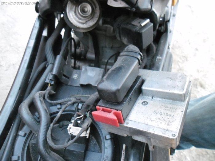Замена топливного фильтра с регулятором давления мотоцикла BMW F650GS самостоятельно