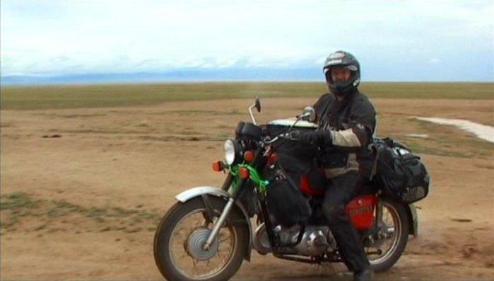 [Imagem: long-way-round-motorcycles-izh-planeta-5.jpg]