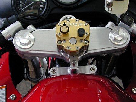 Роторный рулевой демпфер мотоцикла.