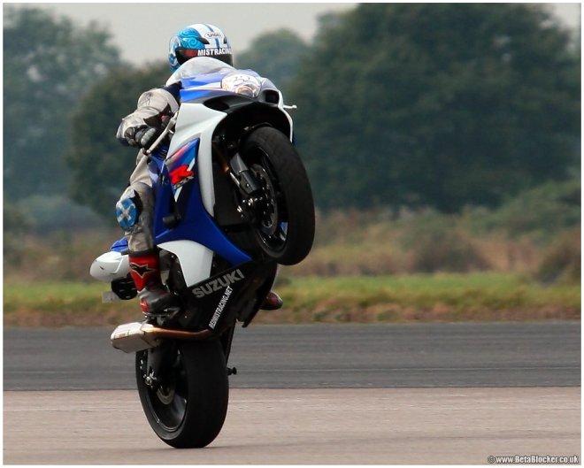 Трюки на мотоциклах. Стантрайдинг