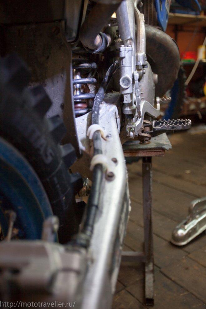 Ошибки при установке амрированных тормозных шлангов на мотоцикл