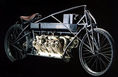 Первый рекодрсмен по скорости среди мотоциклов